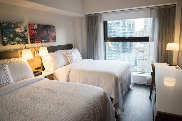 Fairfield Inn & Suites New York Manhattan Central Park guest room